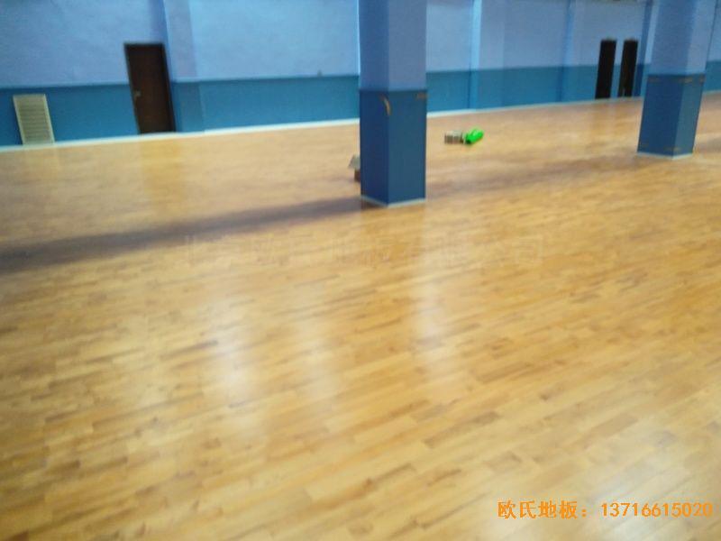 湖北武汉新华路体育场羽毛球馆运动地板施工案例