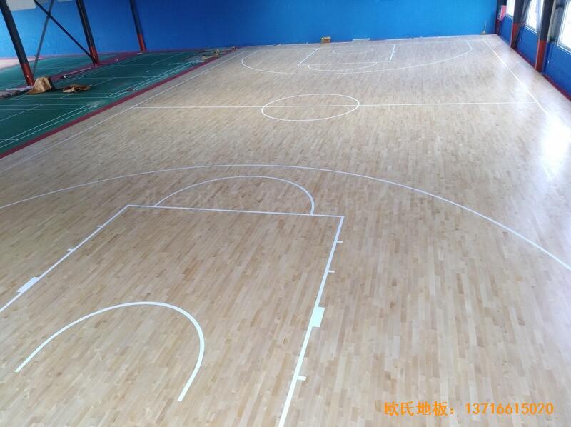 江苏江阴市榜样体育俱乐部运动木地板施工案例